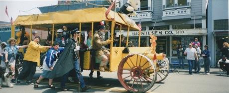 people-powered-bus-198_001